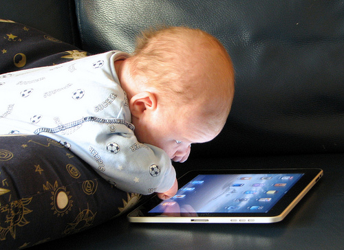 baby-and-ipad